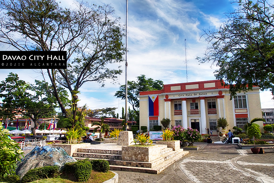 Davao City Hall © Jojie Alcantara